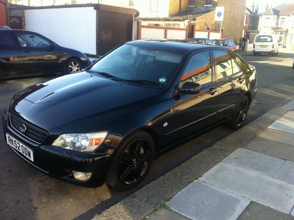 Lexus Is200 Black On Black